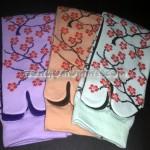 Kaos Kaki Soka ESSENTIALS Sakura digunakan agar tampil menawan