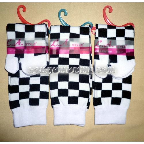 kaos kaki fashion kotak hitam putih jxz-08